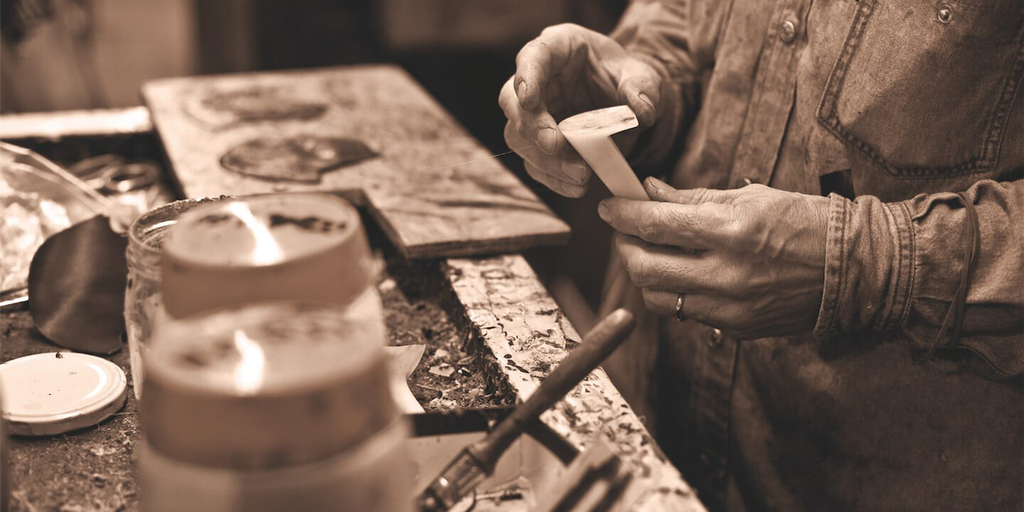 Craft production of Formentini shoes