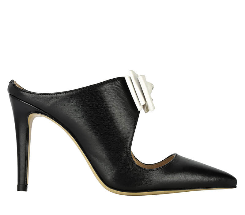 Sabot with black heel and white bow Formentini